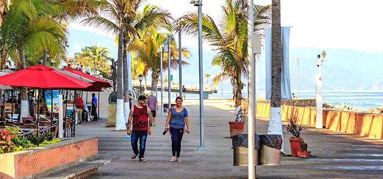 Planea este itinerario con mamá en Puerto Vallarta.